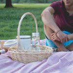 Czas na piknik – jak wykorzystać naczynia jednorazowe?